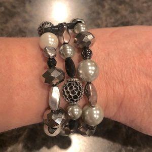 *2/$15* Lia Sophia 3-strand bead bracelet